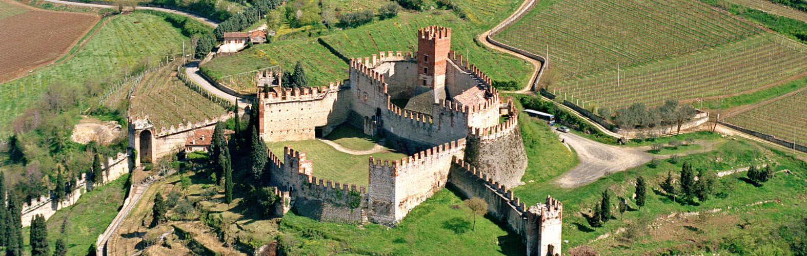The Castle of Soave and its fairytale atmosphere