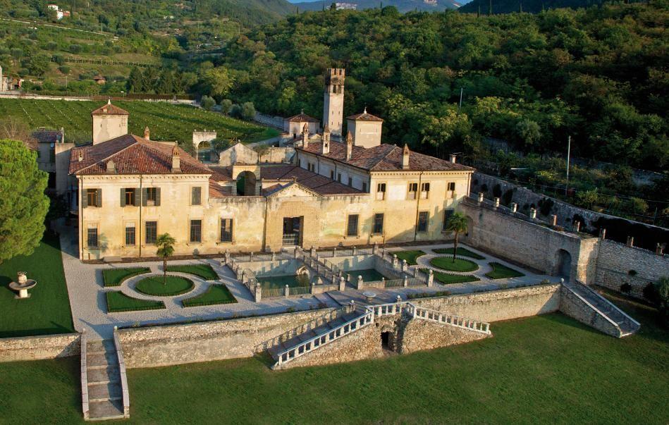 The beautiful Villa della Torre in a picture from above